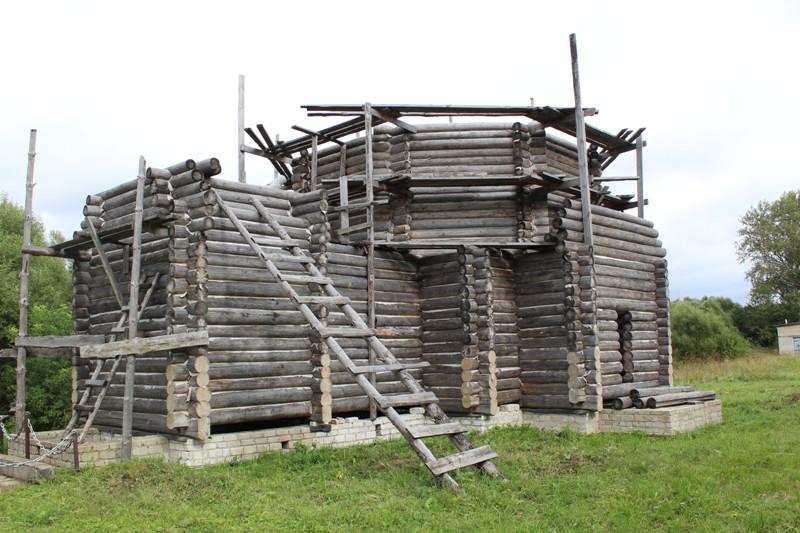 Рабочее собрание в селе Малая Поляна