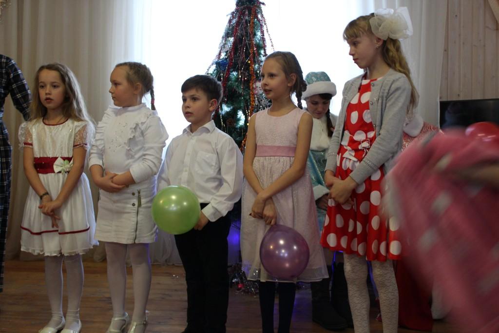 Рождественская елка в воскресной школе