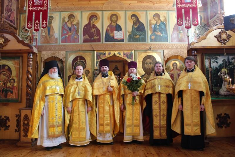 Соборное богослужение в Никольском храме р.п. Разино