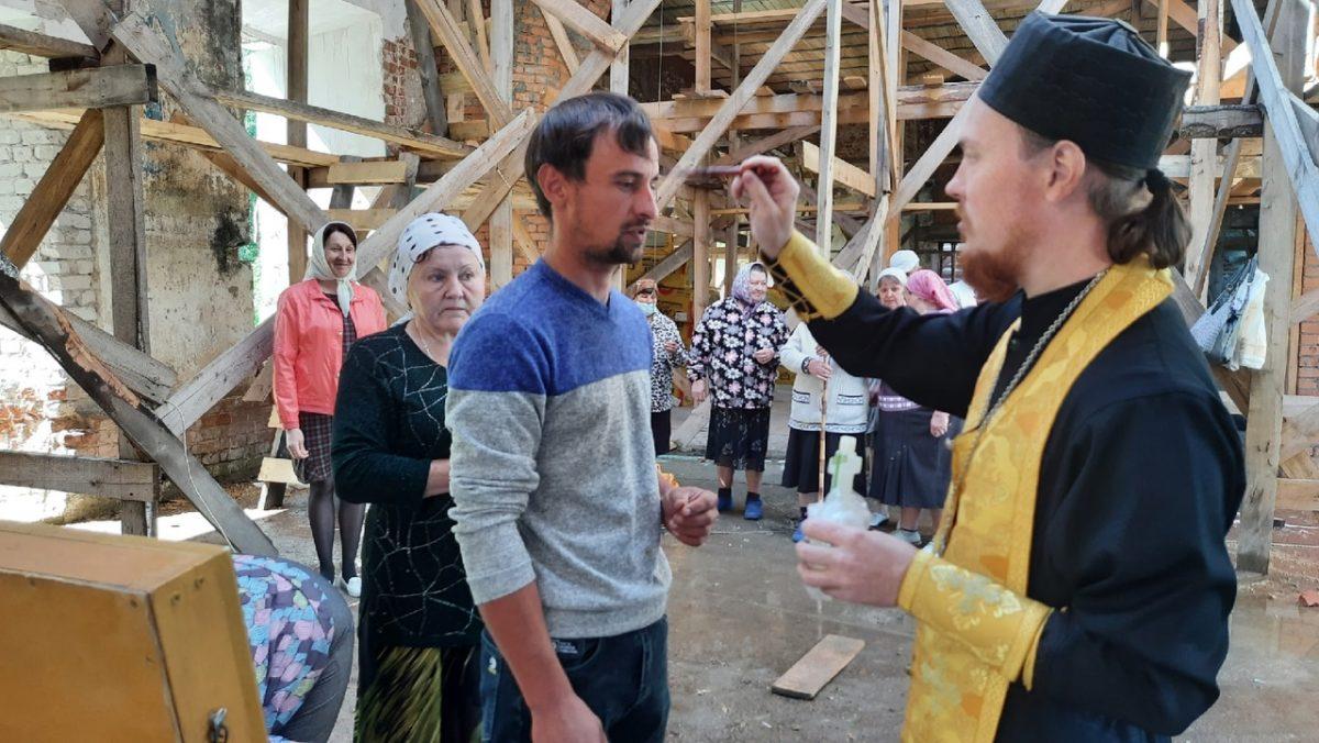 Святыни объехали села Лукояновского благочиния